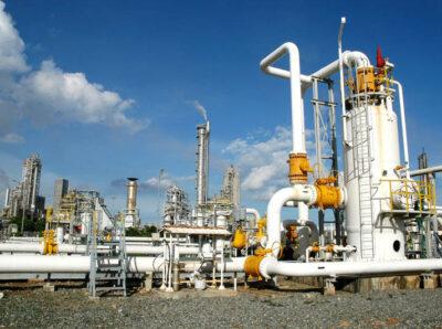 Орский НПЗ: в августе объемы производства светлых нефтепродуктов увеличились на 37,9%