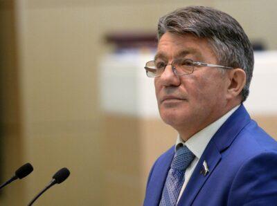 Старейший член Совета Федерации РФ Виктор Озеров будет работать в Фонде «Росполитика»