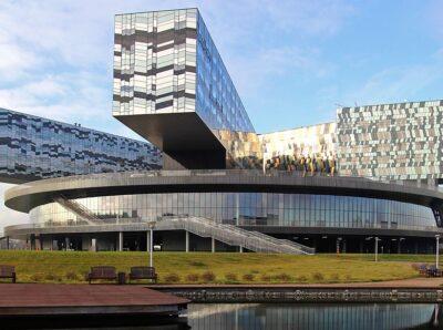 Группа «САФМАР» Михаила Гуцериева построит конгресс-центр в «Сколково»