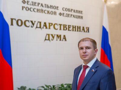О важной роли парламентского мониторинга и контроля принятых законов заявил Михаил Романов