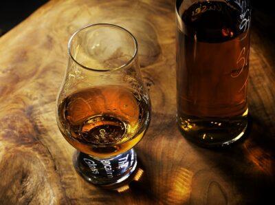 Асбест и благородные напитки: как сделать виски с помощью «горного льна»