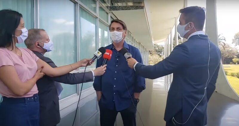 Сомневавшийся в опасности коронавируса Жаир Болсонару его же и подхватил