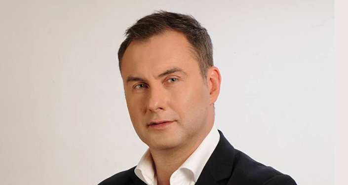 Психолог Михаил Козлов пикетировал компанию МТС
