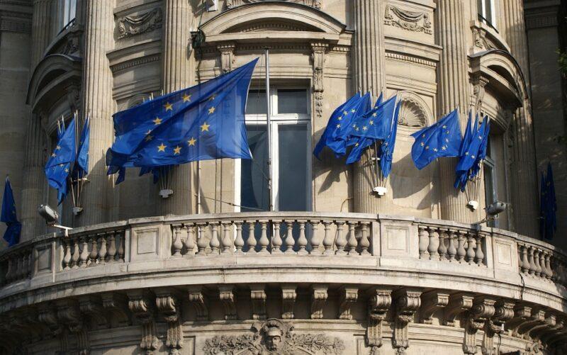 Госсекретарь Франции заявил о недостаточности санкций в отношении России