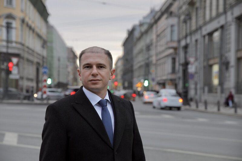 Михаил Романов поздравил петербуржцев со Всемирным днем здоровья