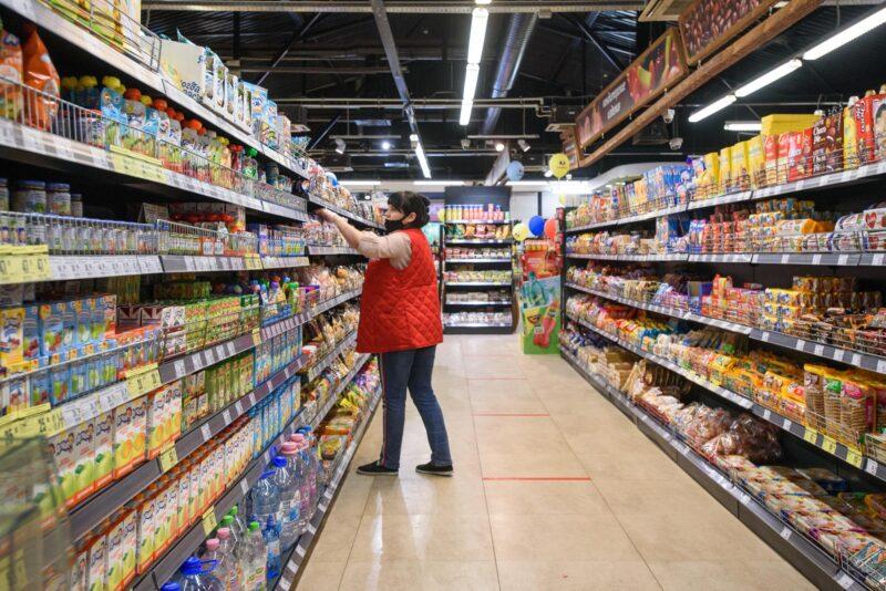 Мишустин пояснил, из-за чего растут цены на продукты питания