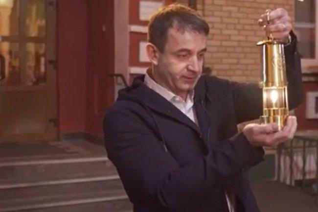 В храм Серафима Саровского в Раеве Благодатный огонь доставил Дмитрий Певцов