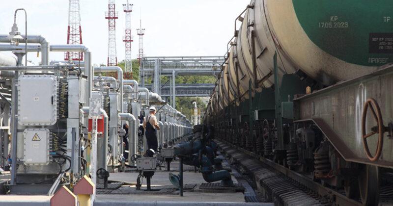 Доходность от экспорта нефти в России снизилась
