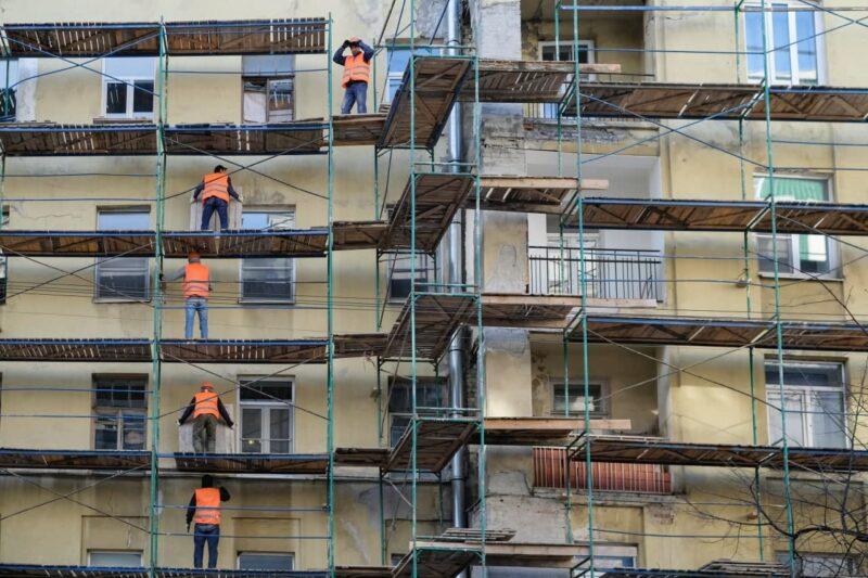 Минстрой предложил повысить плату за капитальный ремонт жилых домов