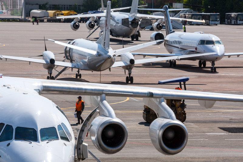 Кабмин продлил действие пониженной ставки НДС для авиаперевозчиков