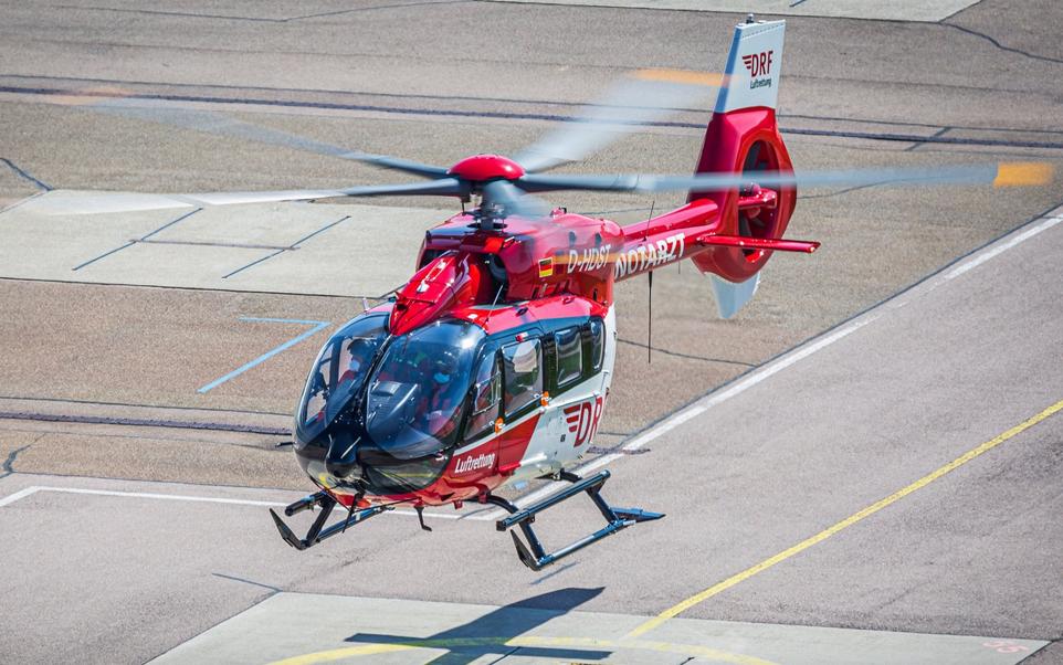 Premier retrofit d'un H145 avec un rotor à cinq pales