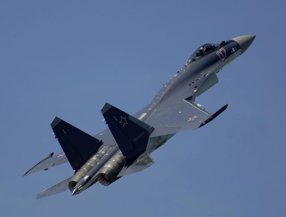 La Chine reçoit ses premiers Su-35