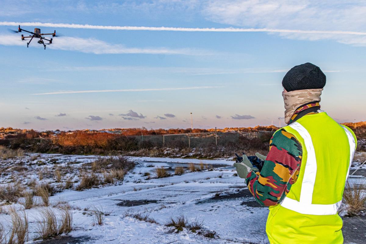 Belgique: la Composante Air évalue le drone Matrice 300 de DJI