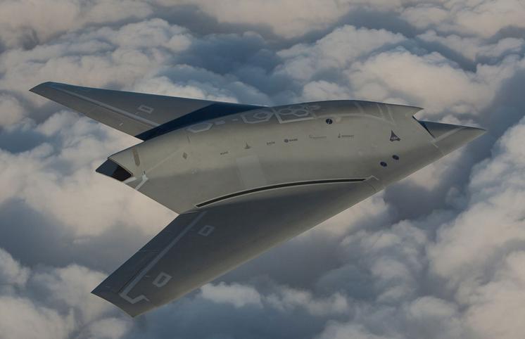 La furtivité du drone nEUROn à l'essai avec des Eurofighter
