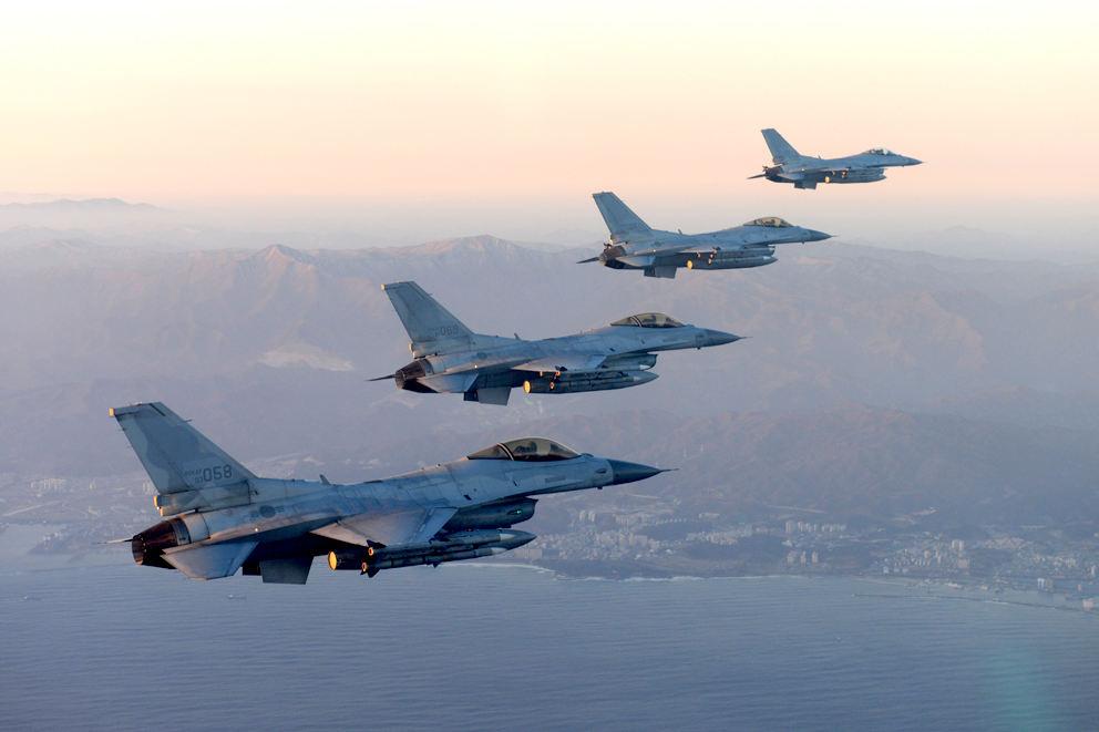 Lockheed Martin va moderniser les F-16 coréens
