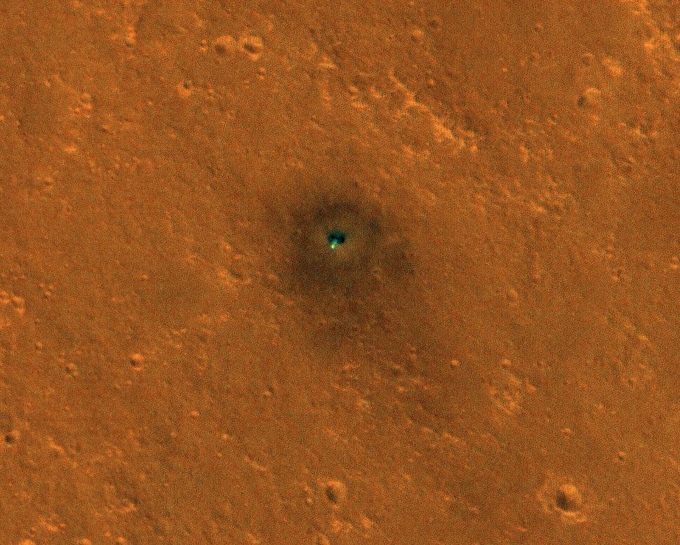 Une nouvelle image de la sonde InSight sur Mars, avec l'instrument français Seis