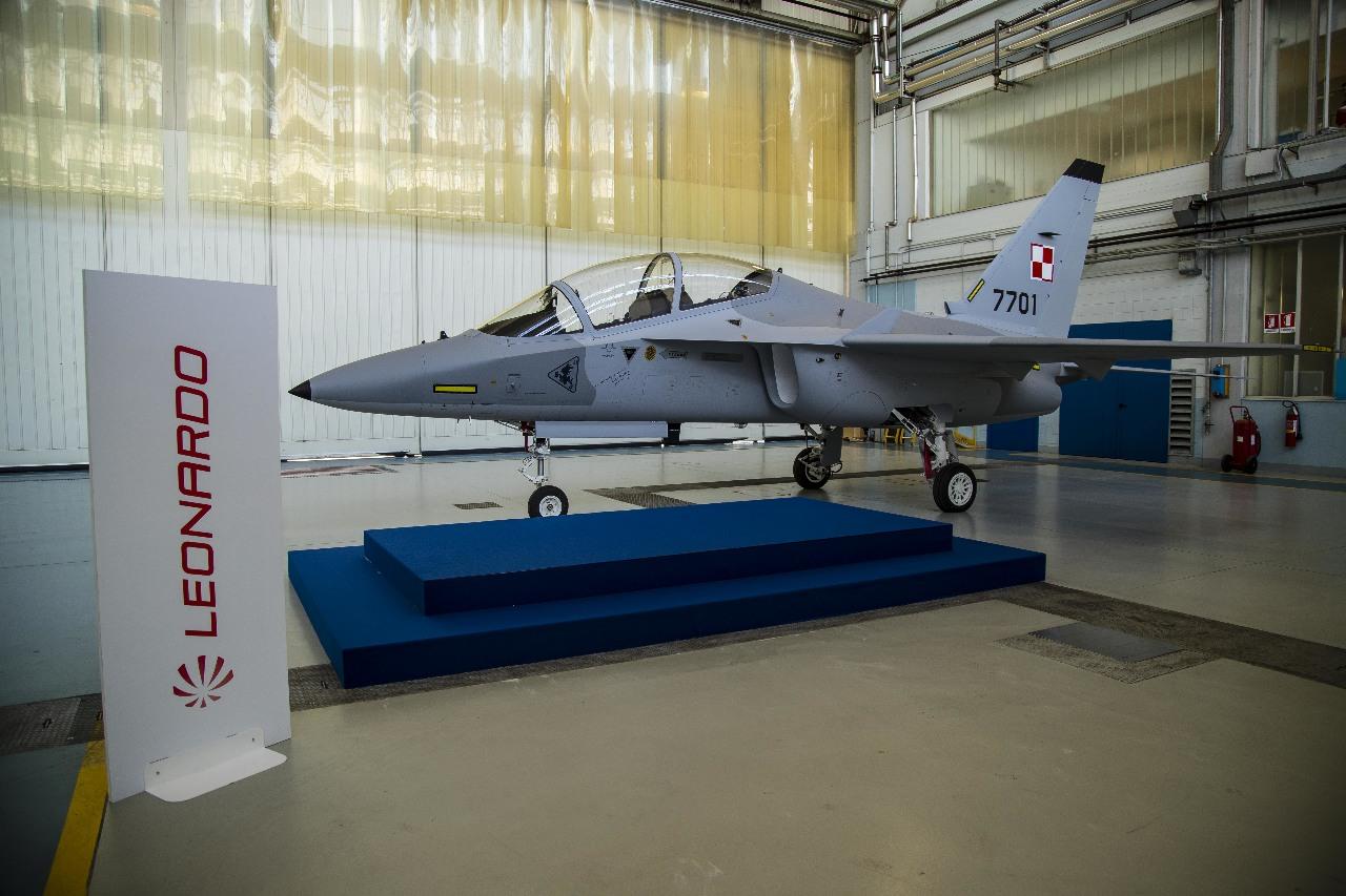 Présentation du premier M-346 polonais