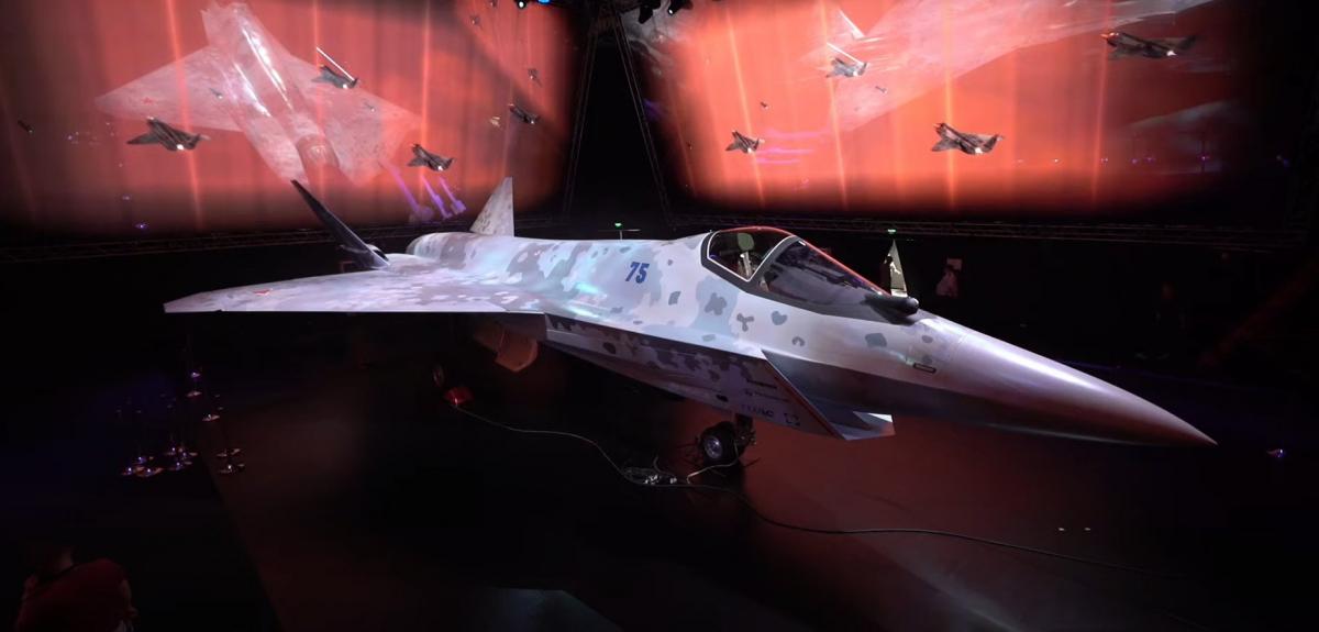 Interrogations après la présentation du Su-75 «Checkmate»