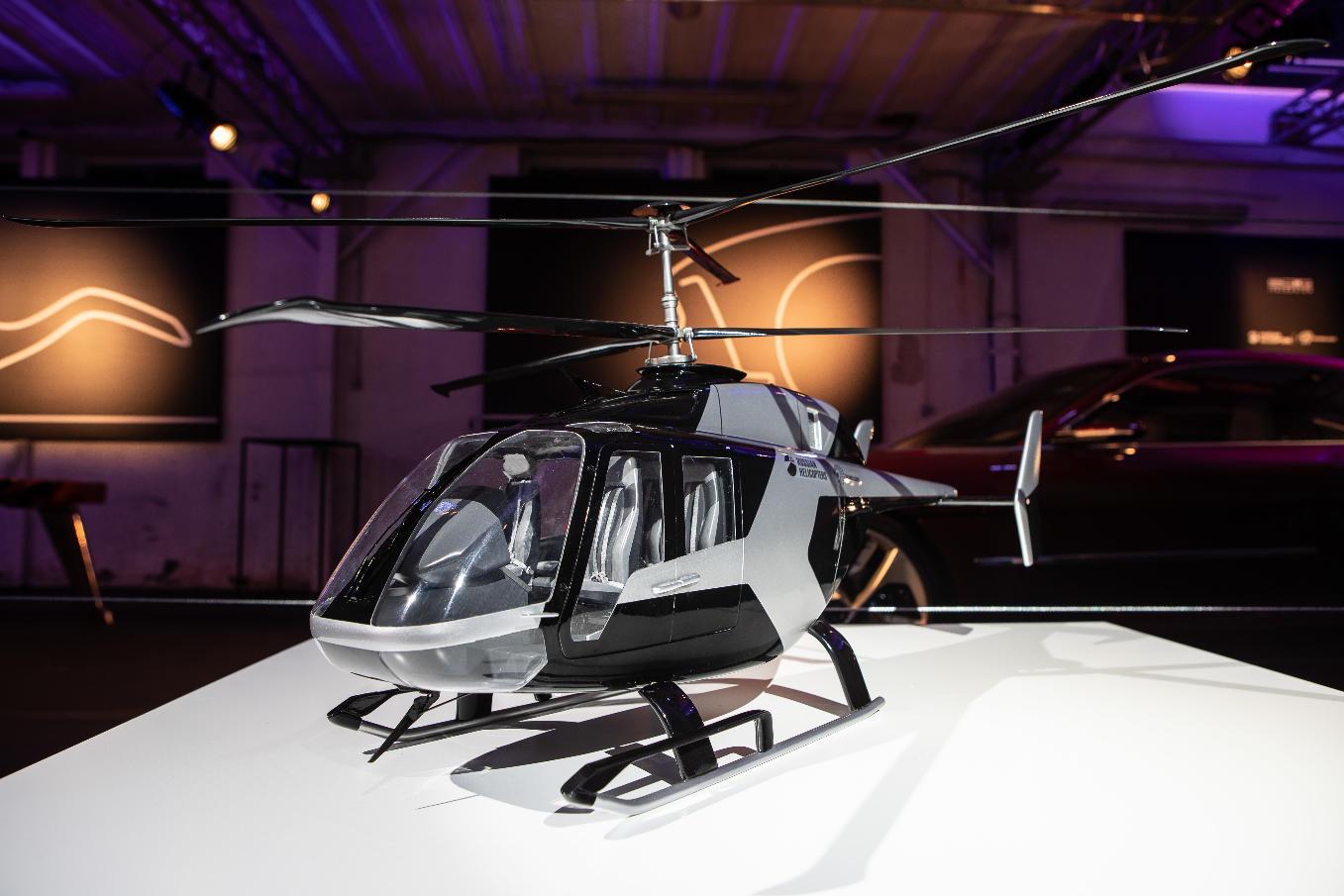 L'hélicoptère russe VRT 500 présenté à Milan en maquette