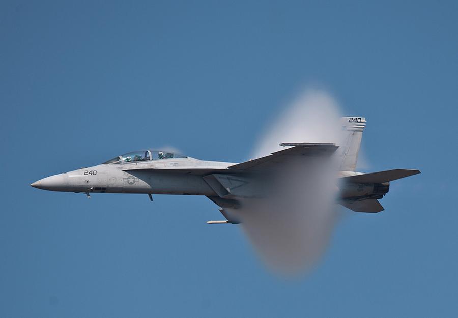 Remplacement des F-16: Boeing renonce