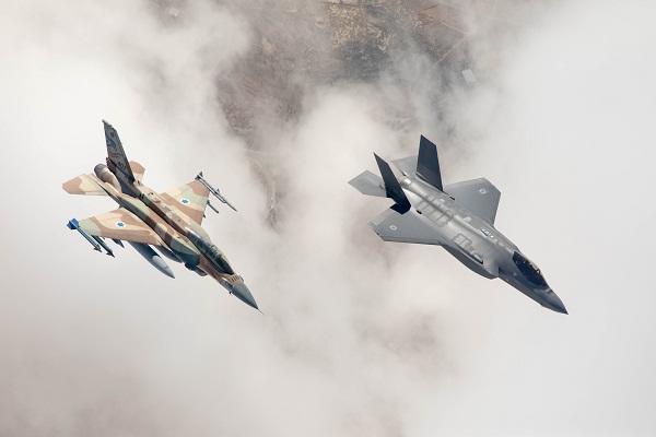 Israël : Des F-16 pour escorter les F-35