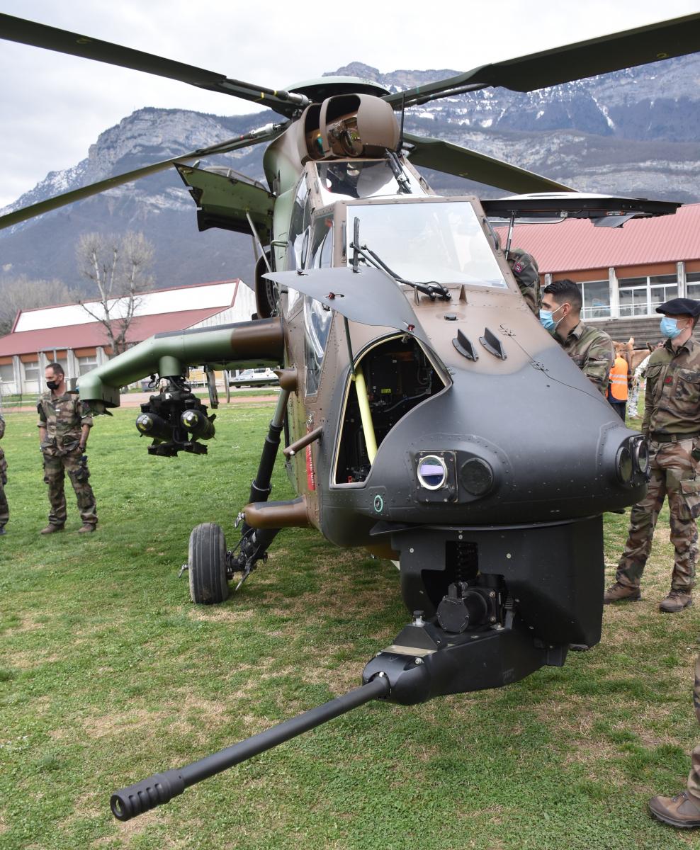 Défense : comment l'Armée de Terre valorise les Tigre du 5e RHC