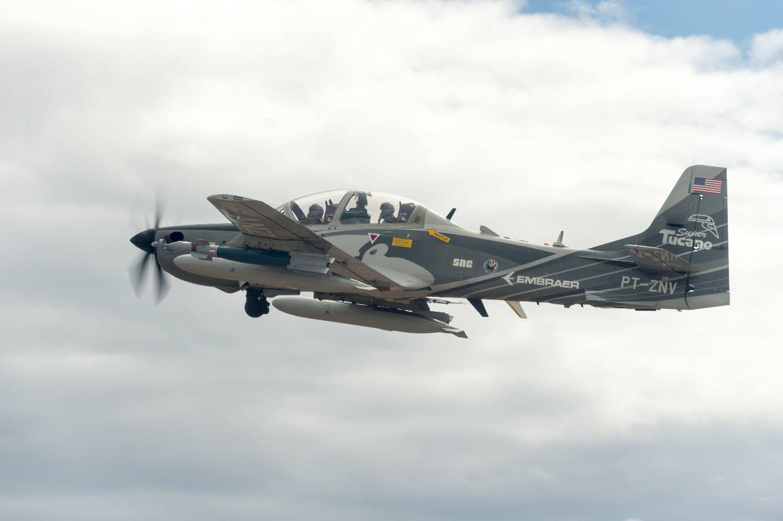 Lancement de la seconde phase du programme d'avions d'attaque légers