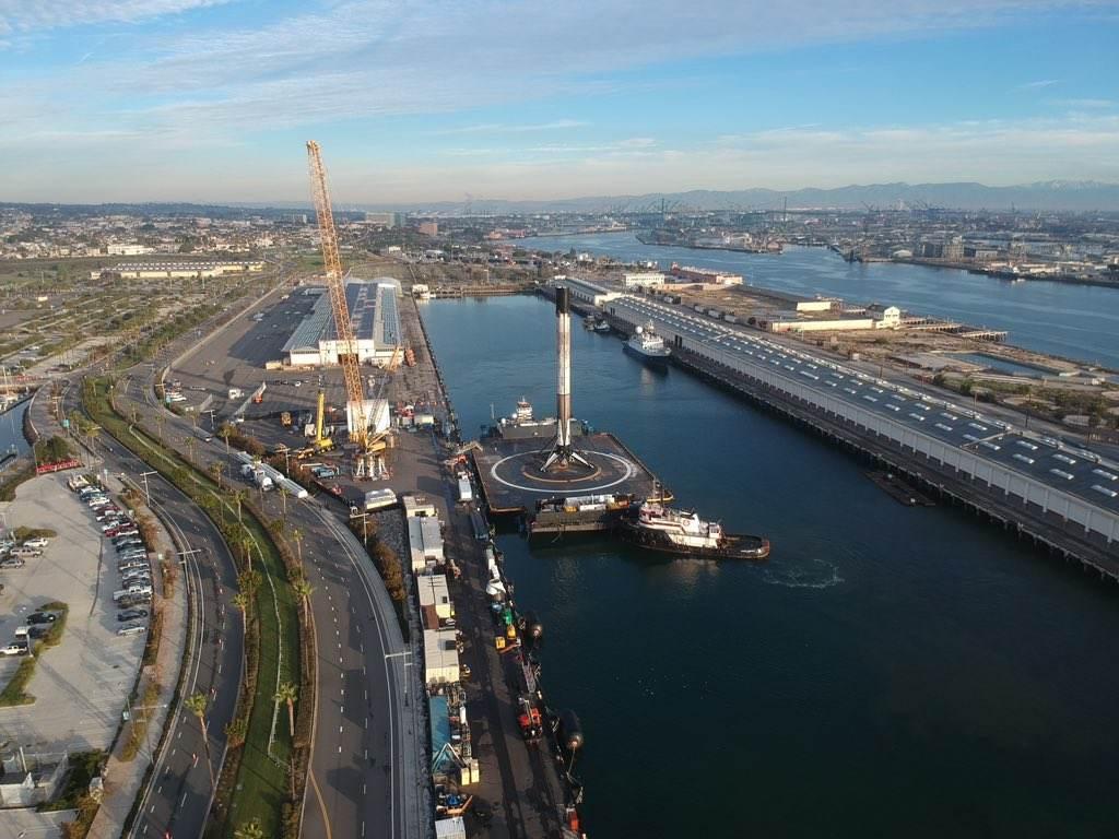 L'étage B1049 rentre au port après le dernier succès en date de SpaceX