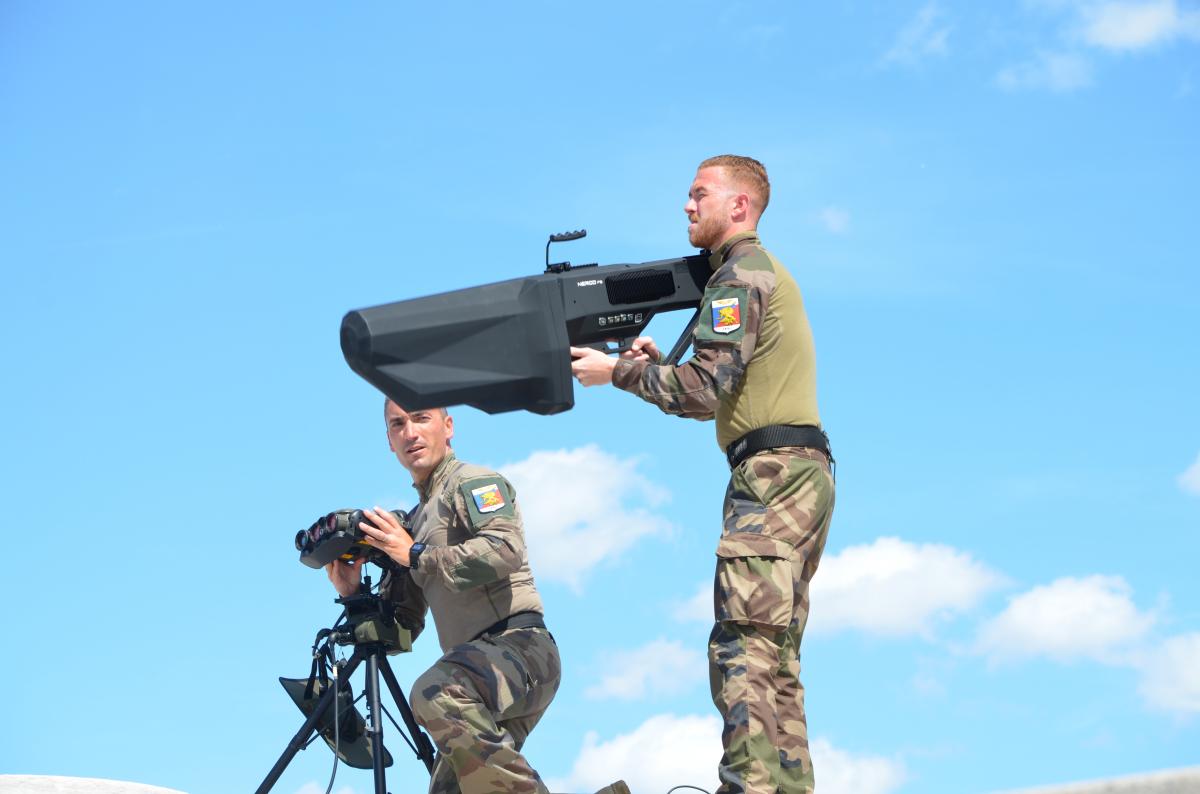 L'Armée de l'Air contre les drones à Paris