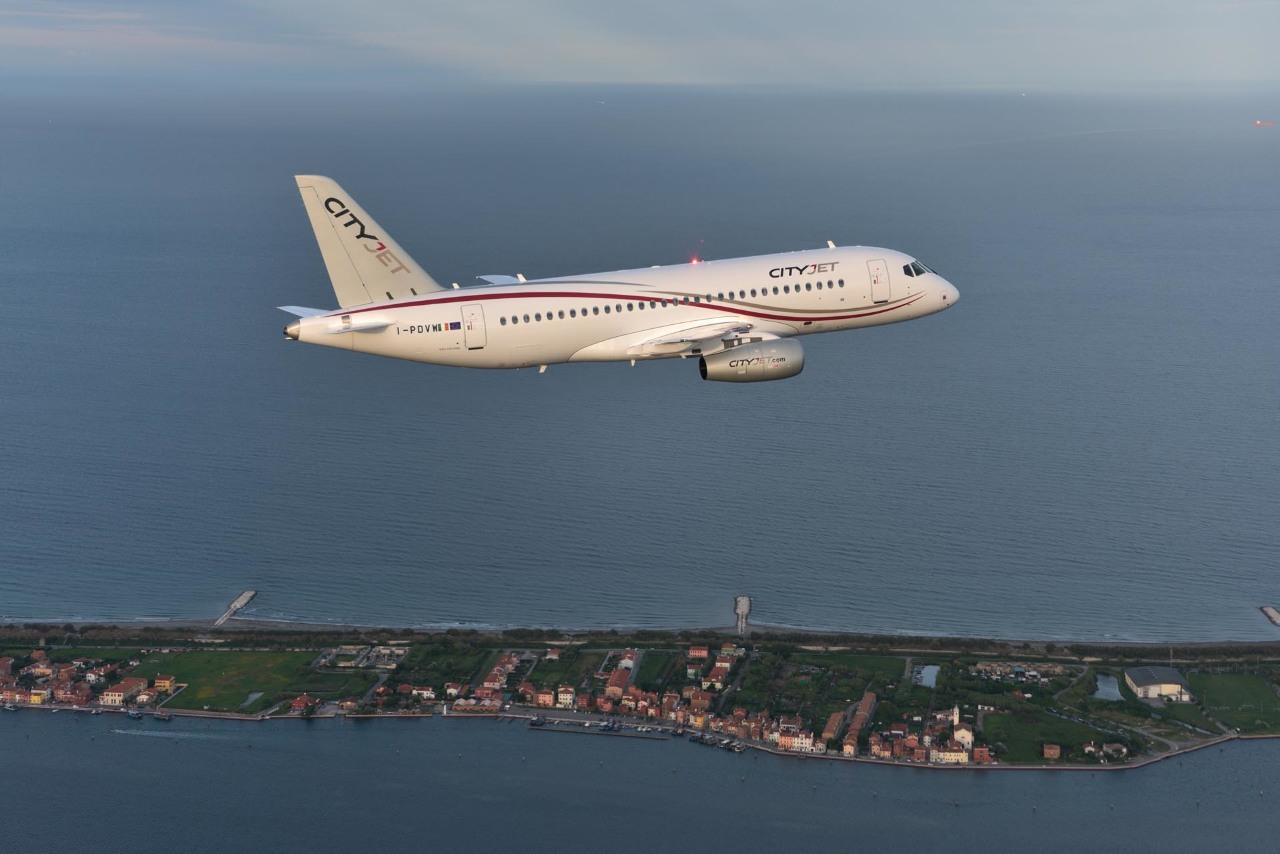 Cityjet présentera le Sukhoi Superjet 100 à Farnborough