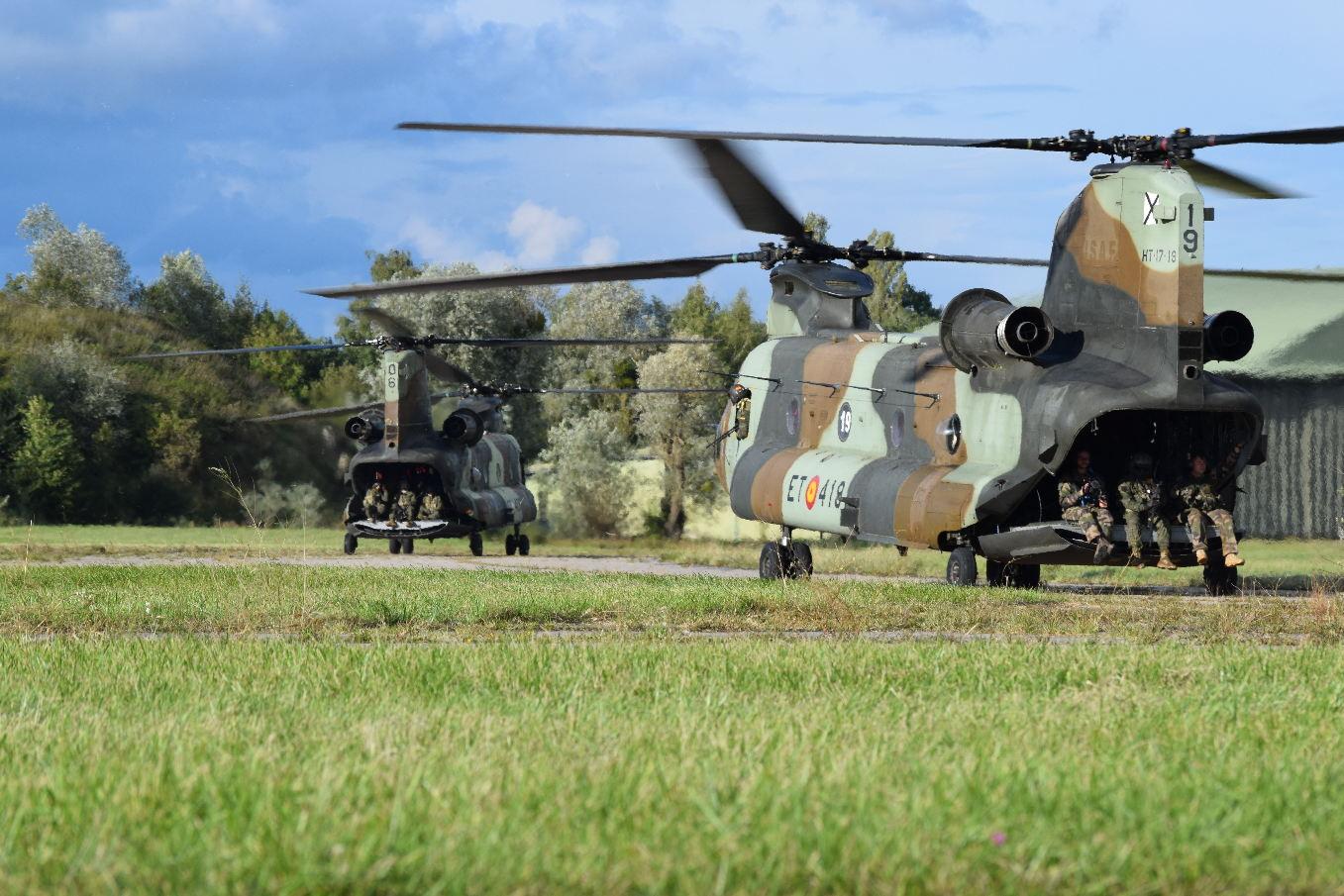 Boeing signe le contrat de modernisation des Chinook espagnols