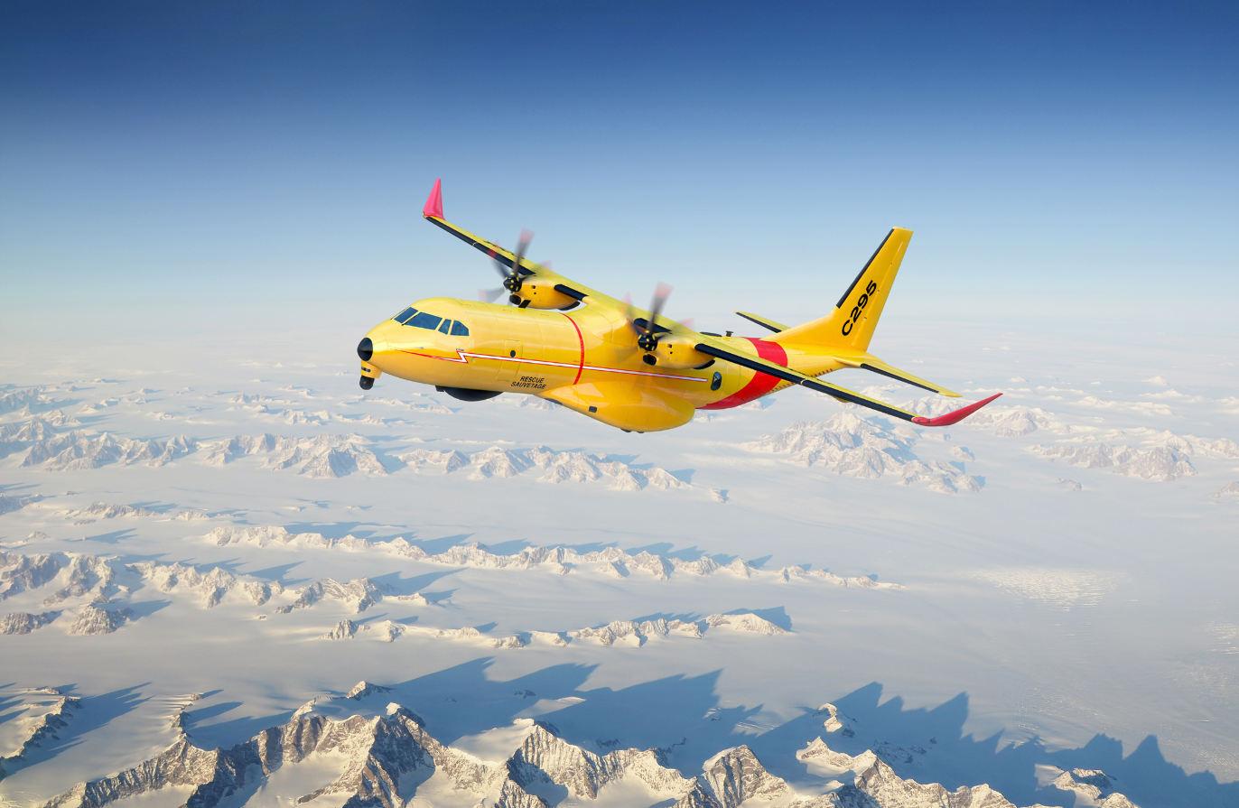 Le Canada commande 16 C295W