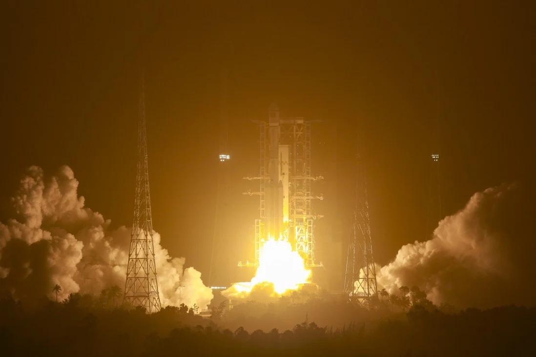 Retour en vol du lanceur chinois Longue Marche 7A