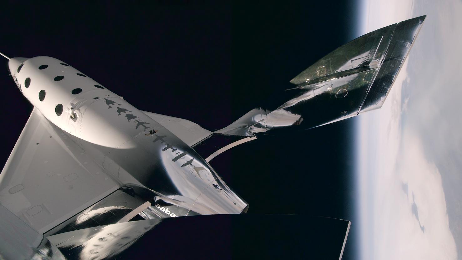 Le SpaceShipTwo un peu plus près des étoiles