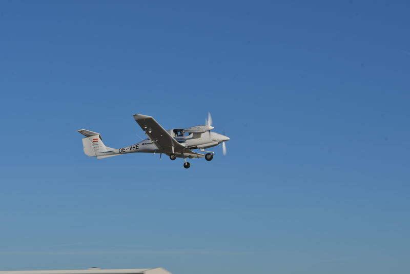 Diamond Aircraft flies hybrid electric aircraft