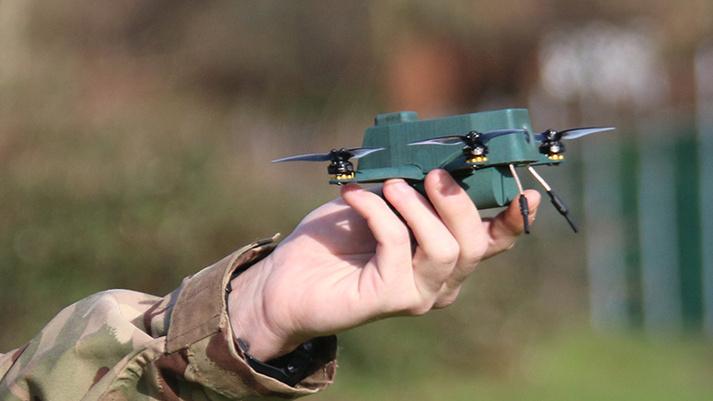 L'armée britannique se dote de nano-drones