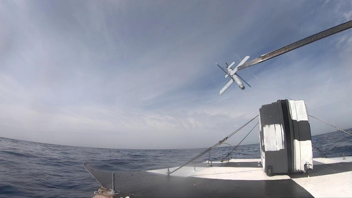 La munition rôdeuse Hero-30 testée en environnement maritime