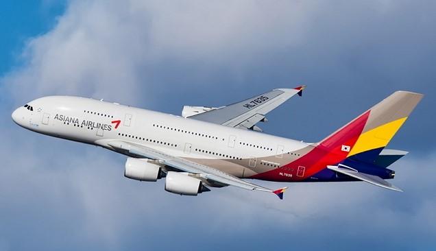Asiana : sa prise de contrôle par Korean Air prend du retard