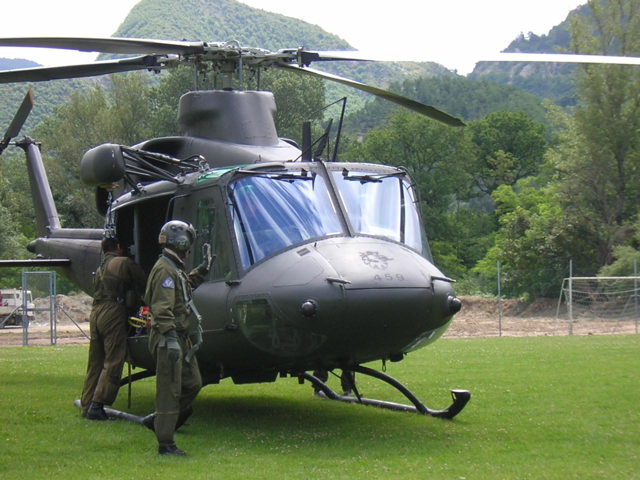Des hélicoptères italiens pour le Liban ?