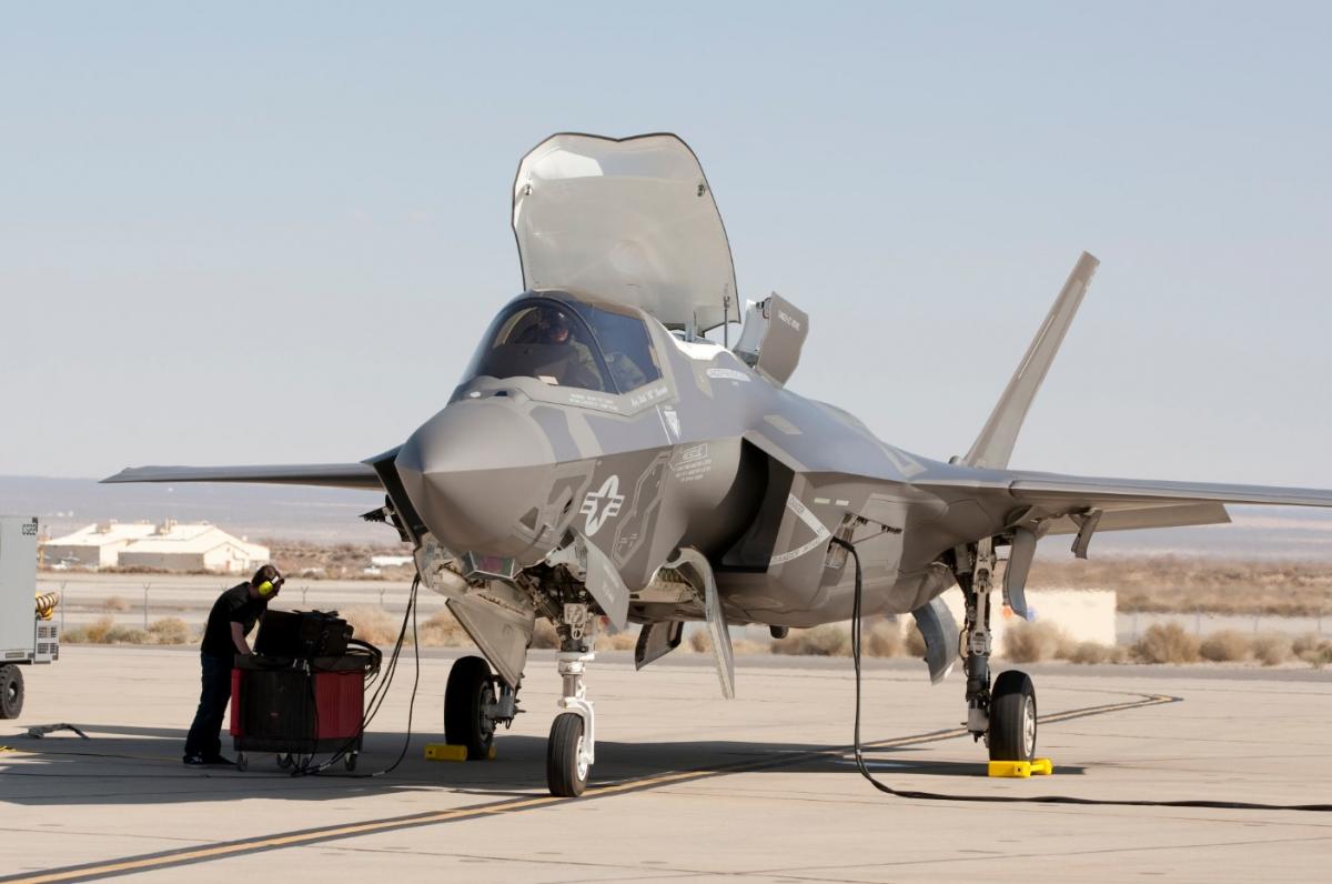 Avions de combat : pénurie et incertitudes pour le moteur du F-35