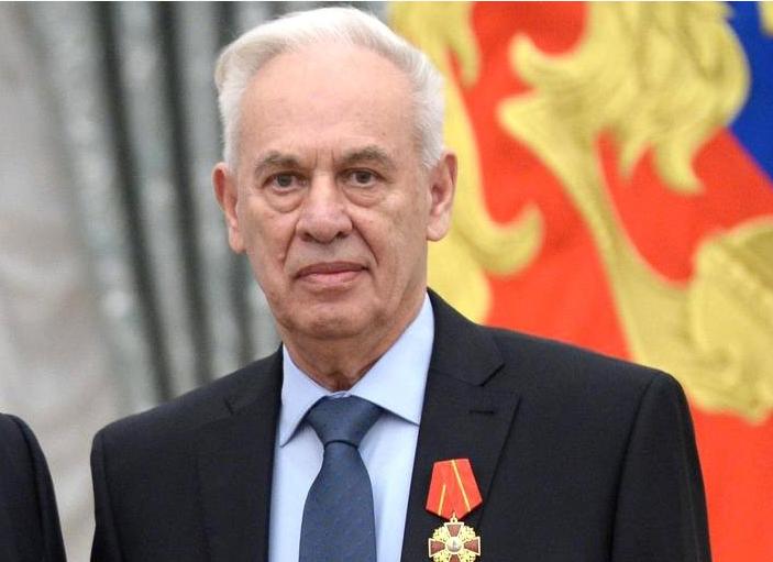 Le concepteur du Su-34, Rolan Martirosov, est mort