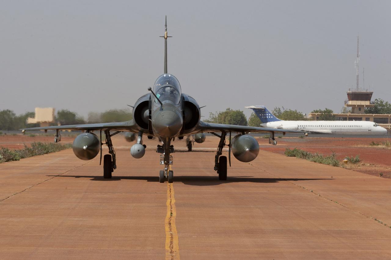 La France déploie ses Mirage 2000D au Niger