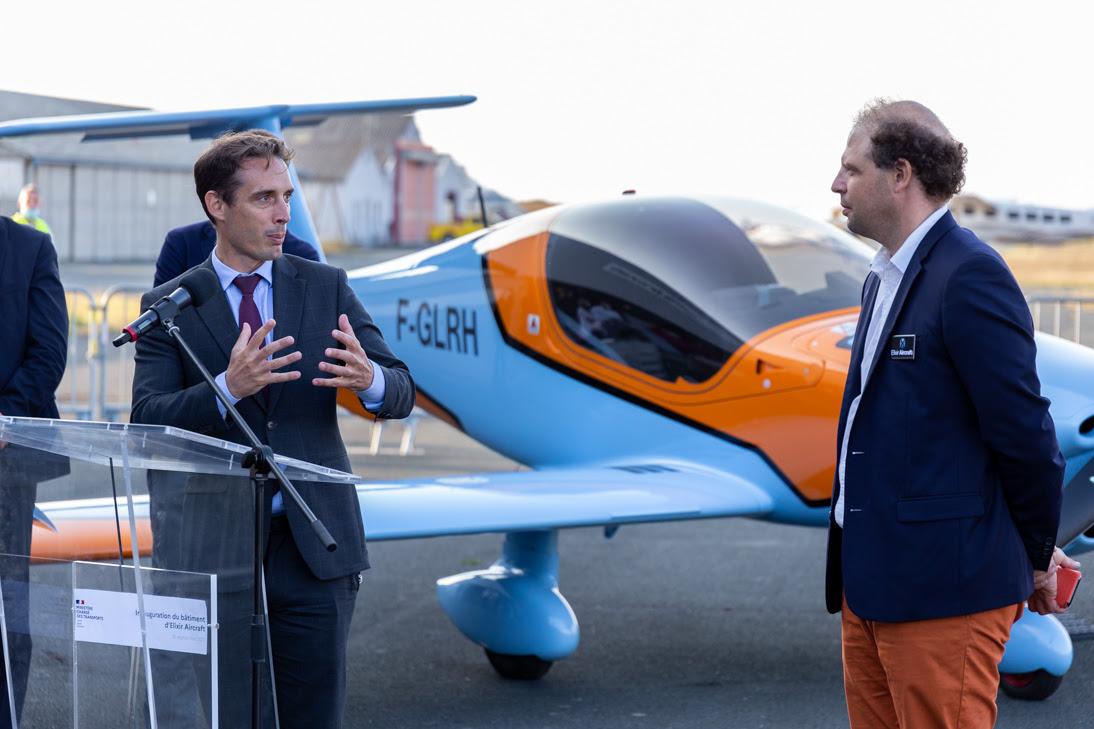 La nouvelle usine d'Elixir Aircraft inaugurée