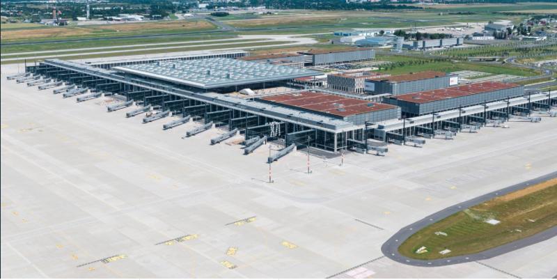 Le nouvel aéroport de Berlin a ouvert ses portes