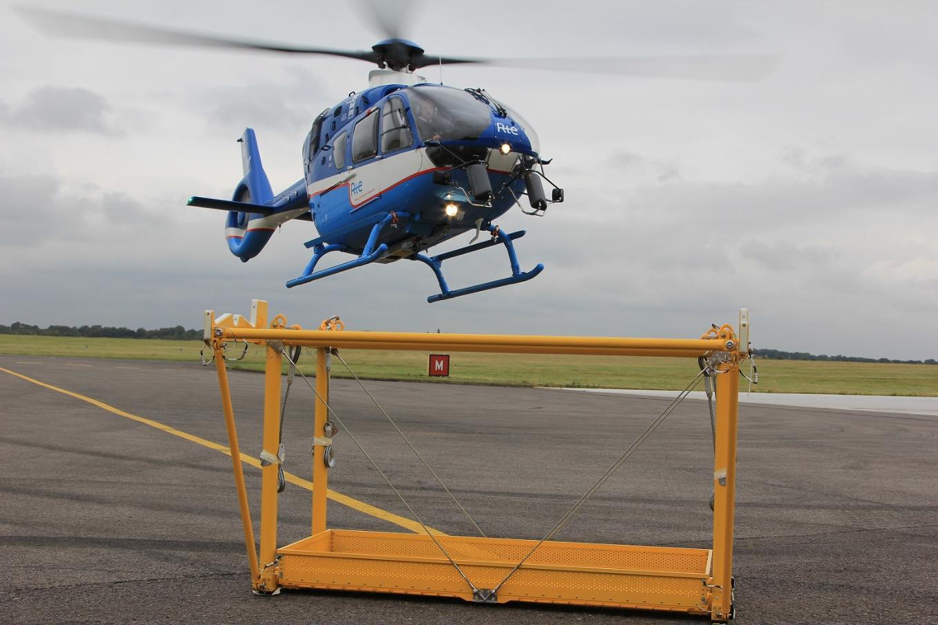 Airbus Helicopters va customiser les H135 de RTE