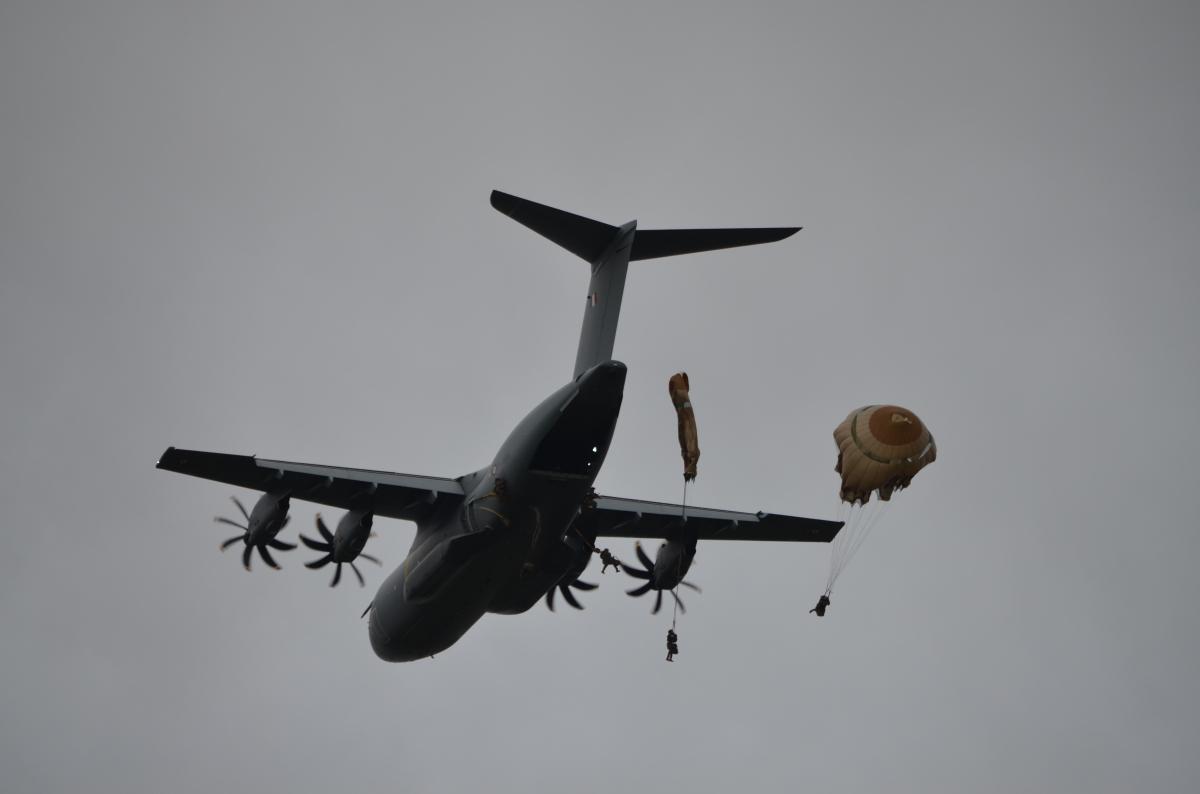 Défense : le 8e RPIMa saute sur la Côte d'Ivoire