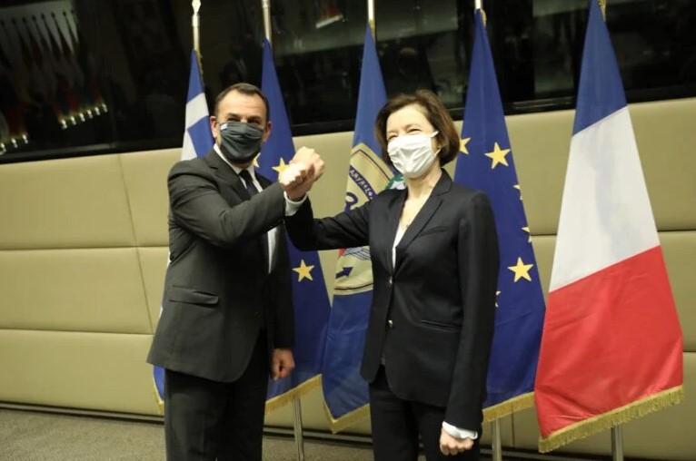 Athènes officialise l'achat de 18 Rafale à Dassault Aviation