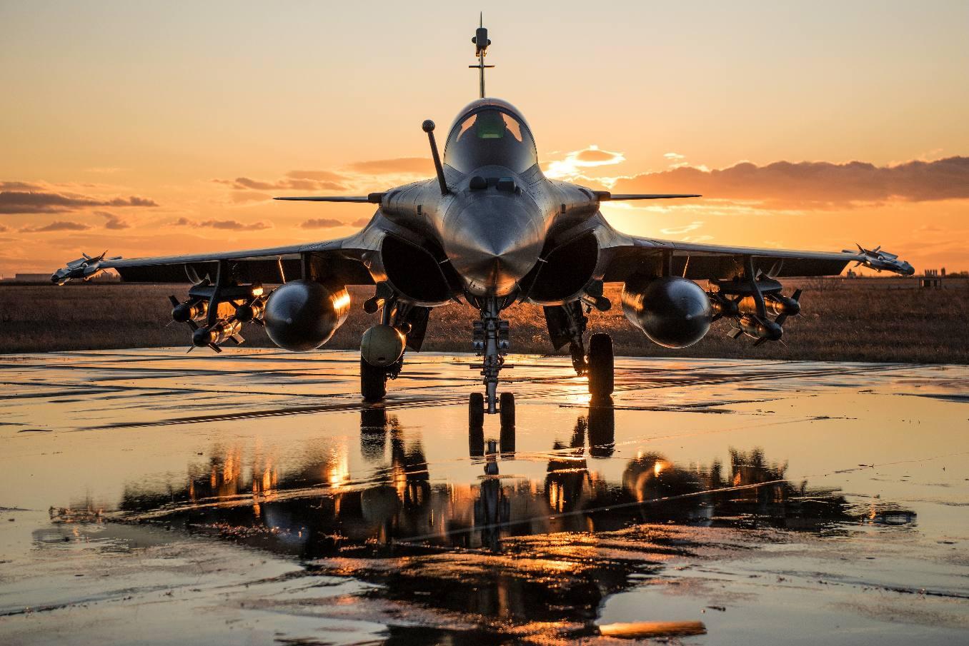 La Suisse lance son appel d'offres pour le remplacement de ses avions de combat