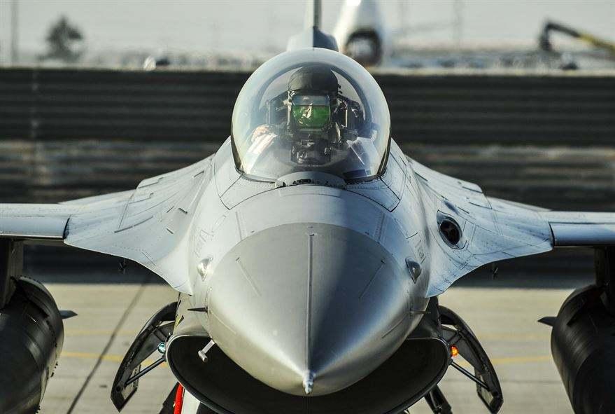 Etats-Unis : crash d'un F-16