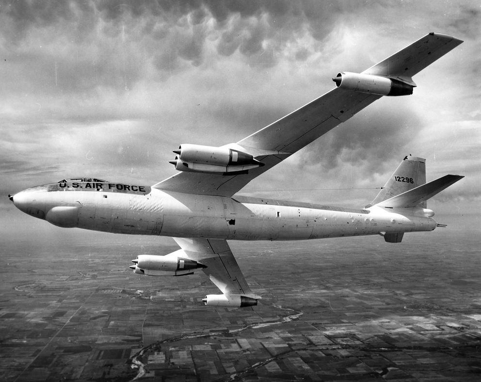 100 ans de Boeing : l'aile en flèche des B-47 et B-52